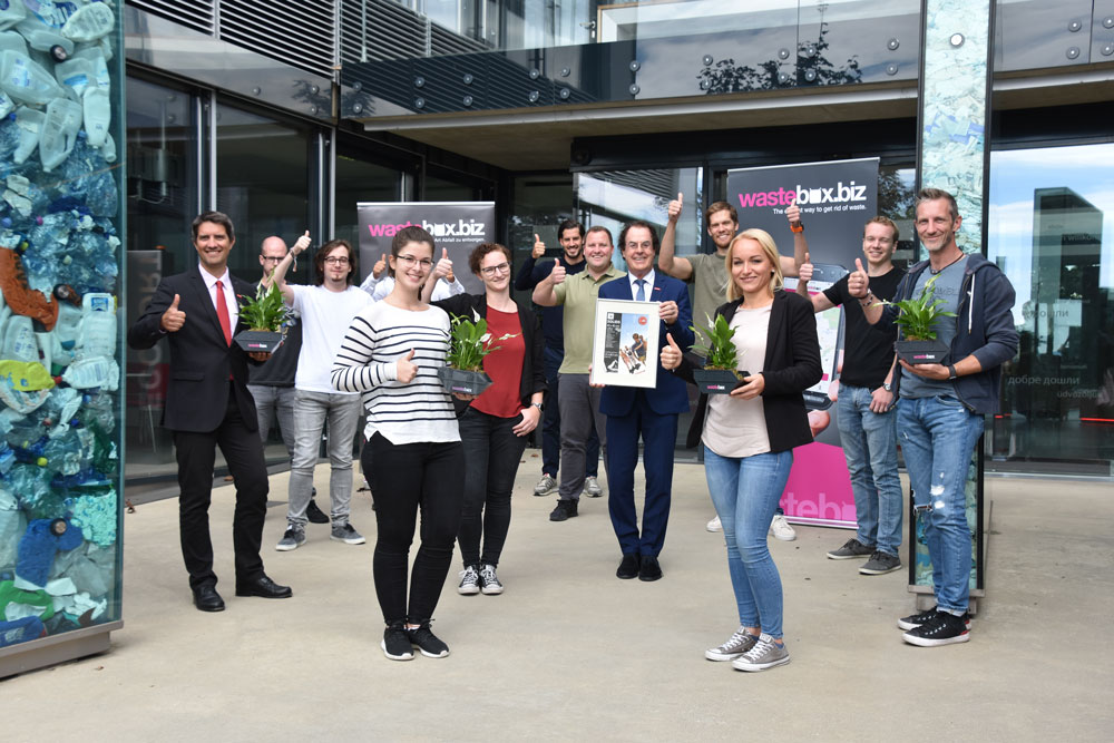 Aufnahme des wastebox.biz-Teams am Firmenstandort in Feldkirchen bei Graz.